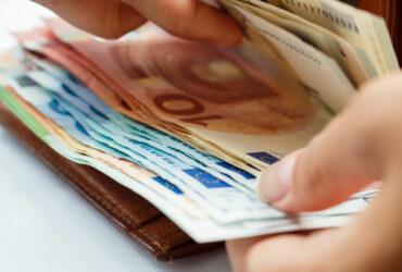Nuovi limiti all'utilizzo del denaro contante