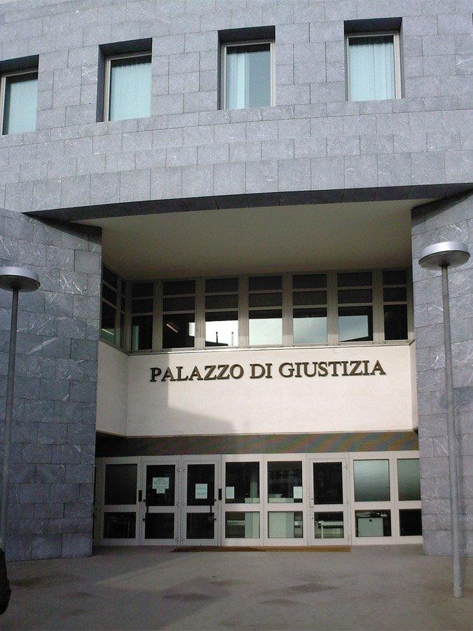 Tribunali chiusi e sospensione delle udienze fino all'11 maggio 2020